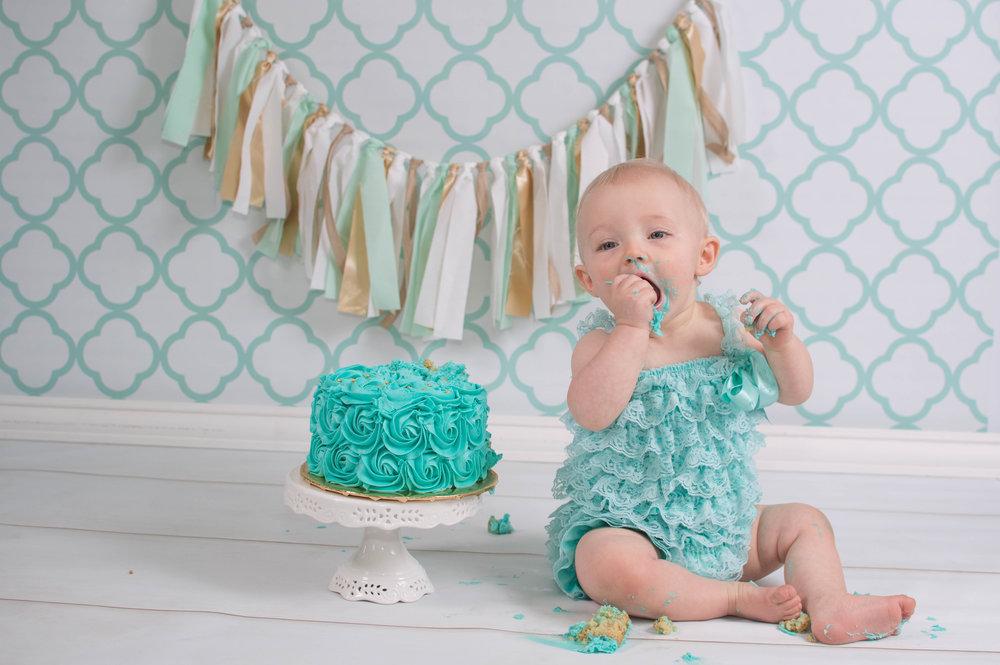 Cake Smash-59.jpg