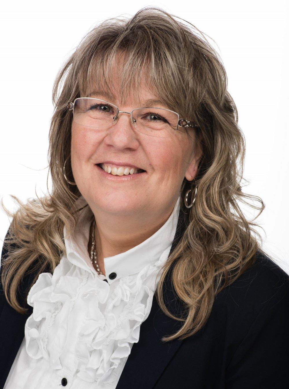 Darlene Davis  Salesperson
