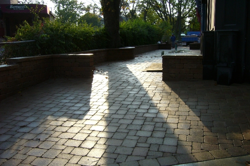 brick-sidewalks-and-walkways-custom-chicago.jpg