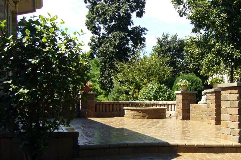 brick-patios-backyards-highland-park-chicago.jpg