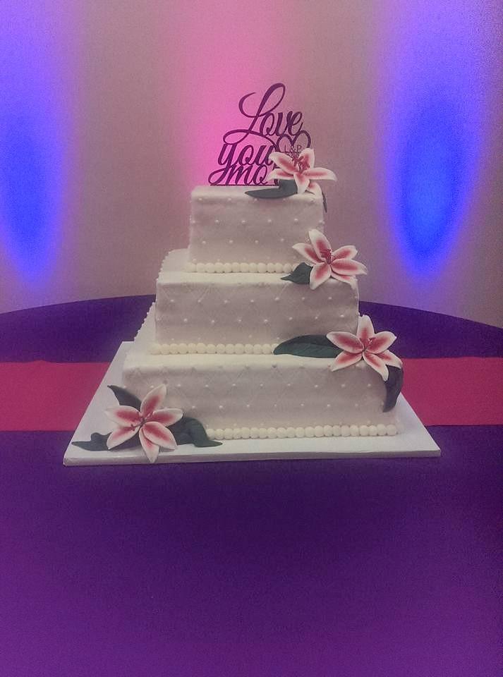 wedding_square_tiered.jpg