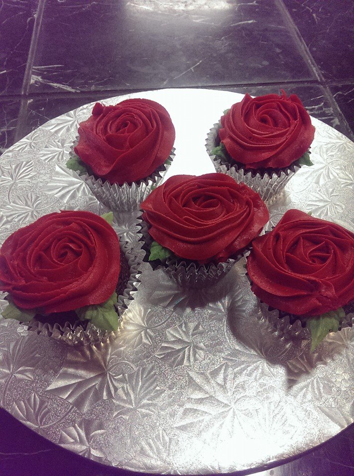 cupcake_valentinesday_roses.jpg