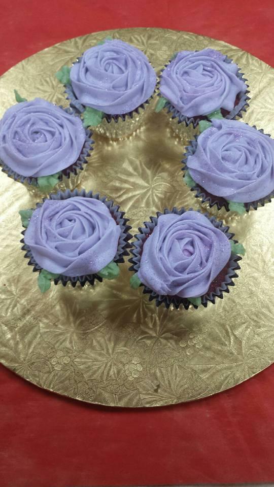 cupcake_purple_flower.jpg