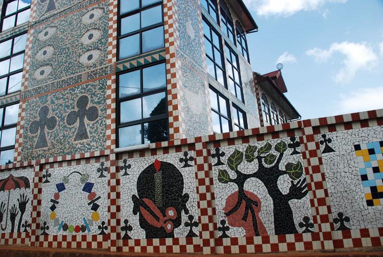Bandjoun-Station-Barthelemy-Toguo-Cameroon artistic residency africa badjoun Station.jpg
