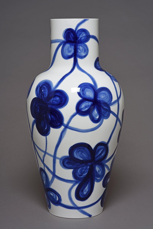 Toguo Barth. Vase Ly 1er Gr. F.à bois 04.JPG