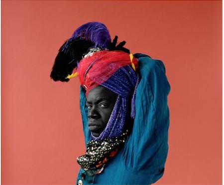 BERIL GULCAN Photographie 100 X 100 Blackface 3  à 23.05.52.png