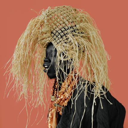 BERIL GULCAN Photographie 100 X 100 Blackface à 23.01.28.png