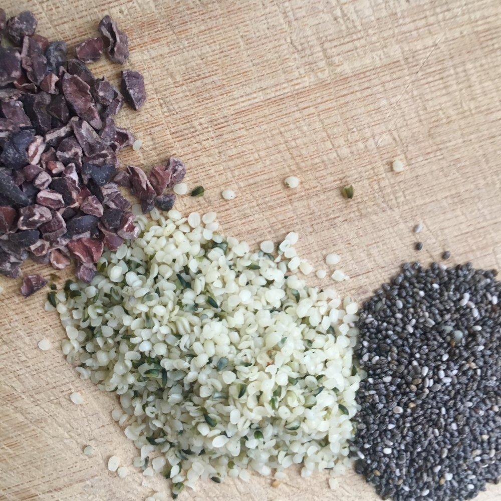 Cacao nibs + hemp seeds + chia seeds