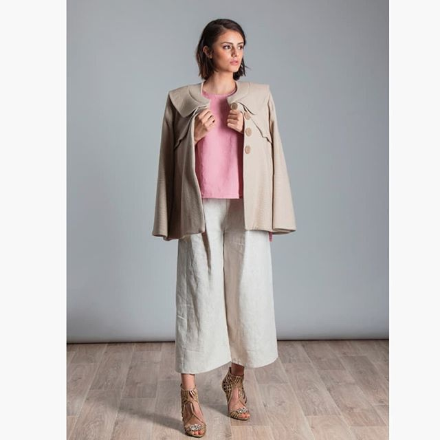 The Fitzroy Coat on show today with our cropped tuck culottes 😍. We have a handful of these beauties left and will be available at 201 Gertrude St for one more week only!  Paired here with stunning @gterlato shoes.  #madeinmelbourne  #style #investmentcoat #colourpalette #qualityoverquantity #attentiontodetail #conciousconsumer #conciouswardrobe #considereddesign #designer