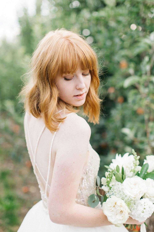 mila-adams-kentucky-utah-wedding-florist-white-bouquet-6
