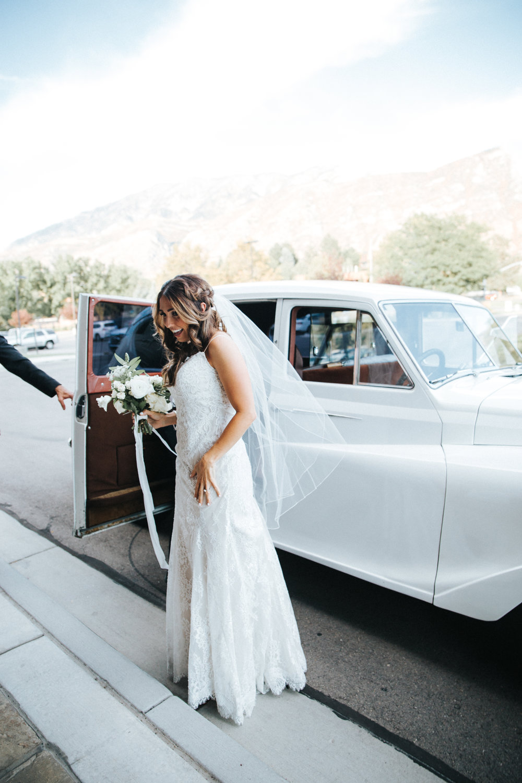 Mila Adams Kentucky Utah Destination wedding florist white bridal bouquet bridal car