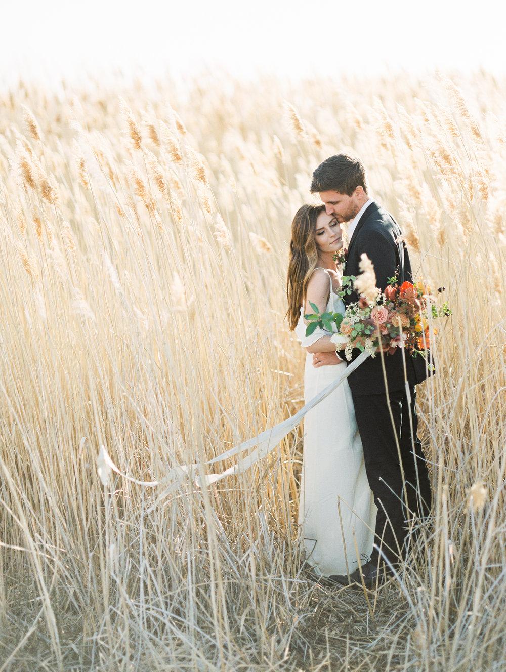 Mila Adams the southern bride Kentucky wedding florist