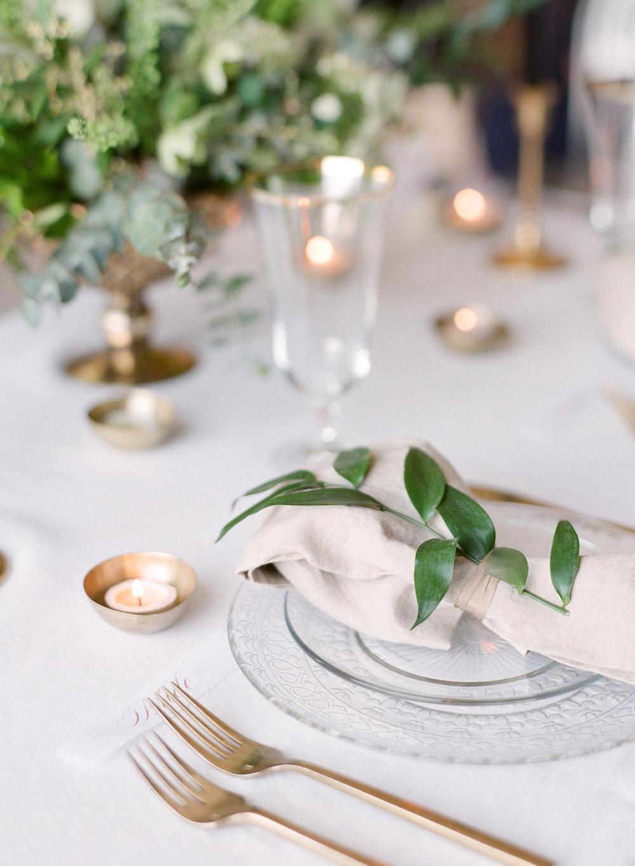 White centerpiece Louisville Lexington Kentucky Wedding Florist