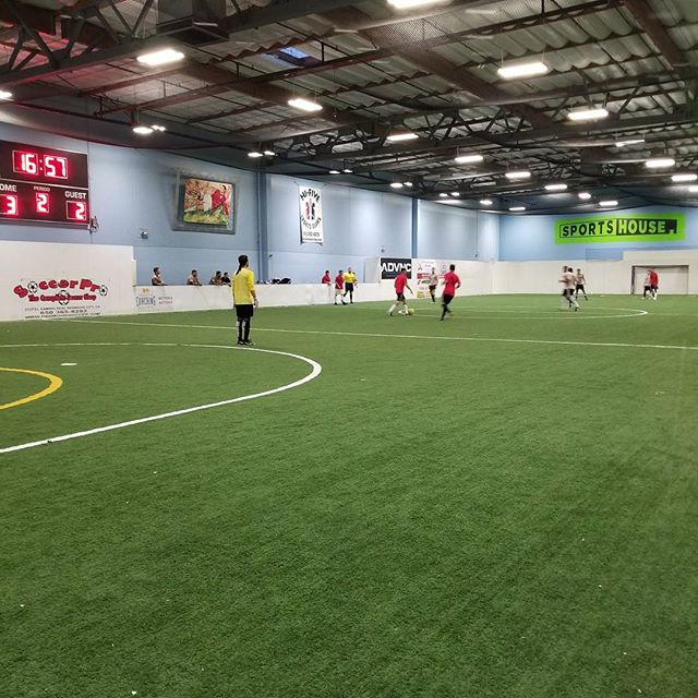 Two of the top teams in the bay area face-off tonight! Join our Premier League on Thursday nights if you want to get in on the action! #sportshouseredwoodcity #sportshouse #redwoodcity #indoorsoccer #juventus #losmanguitos #premierleague #soccer