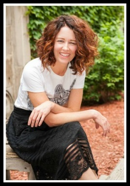 Jennifer-Blades-Portrait-Pic-Personal-Stylist-Fashion-Consultant-Cincinnati-Ohio.jpg