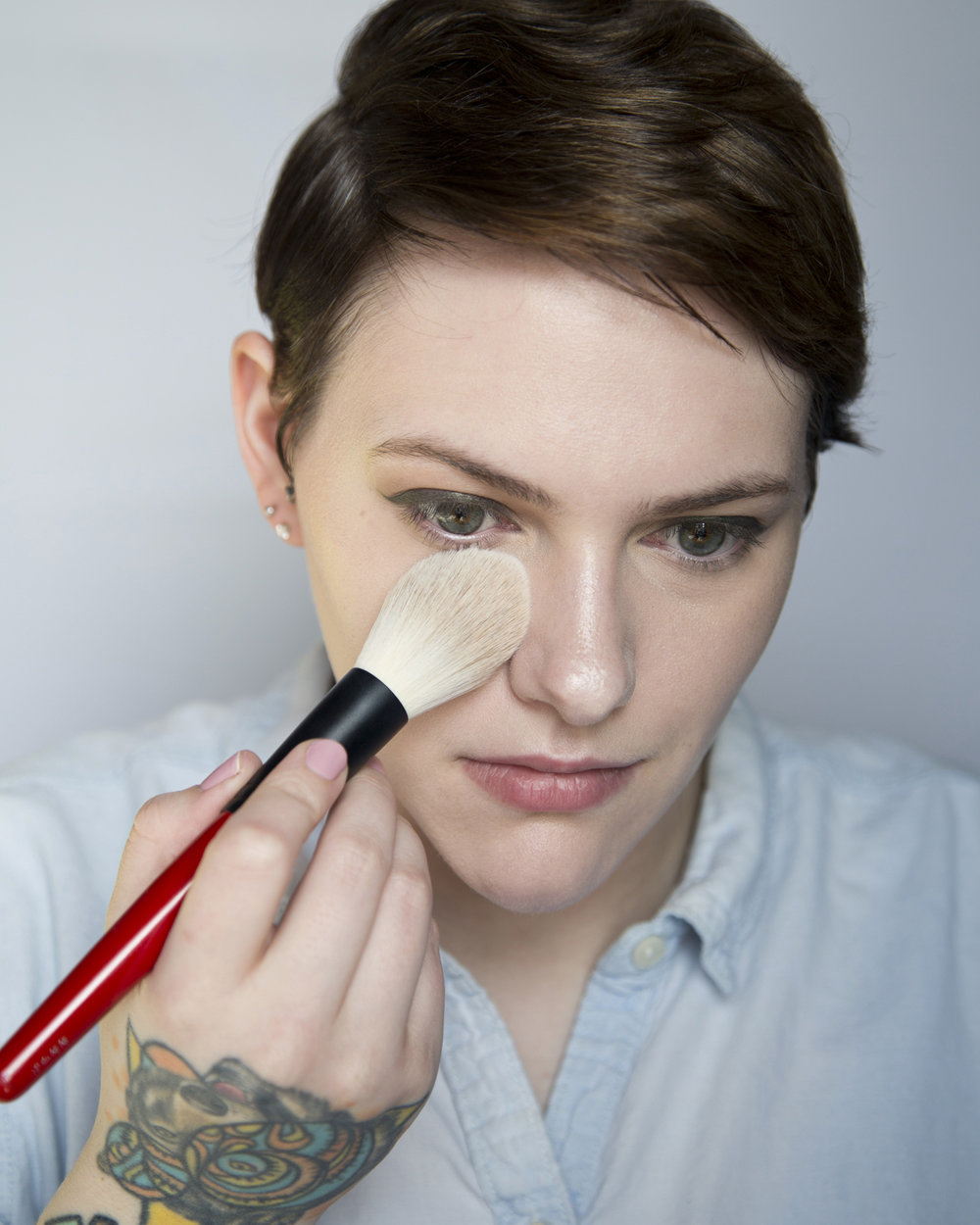 So back to powder. Here I am applying some of the Laura Mercier pressed powder with my hakuho-do x Sephora Pro brush under my eyes to set that concealer. Keeping it real here; I hate this powder ( love  the brush though). I'm waiting for the April Sephora sale so I can replace it but this is such a bad powder for dry skin and can look really dry and cakey so this is the one product from today that I would not recommend but I don't want to completely waste it so I force myself to use it every now and then.