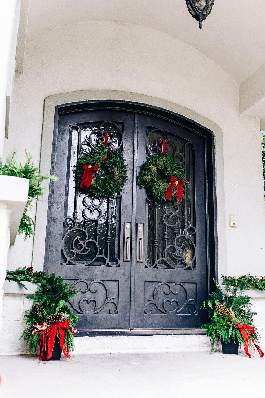 miracle-gro-front-door-porch-2437.jpg