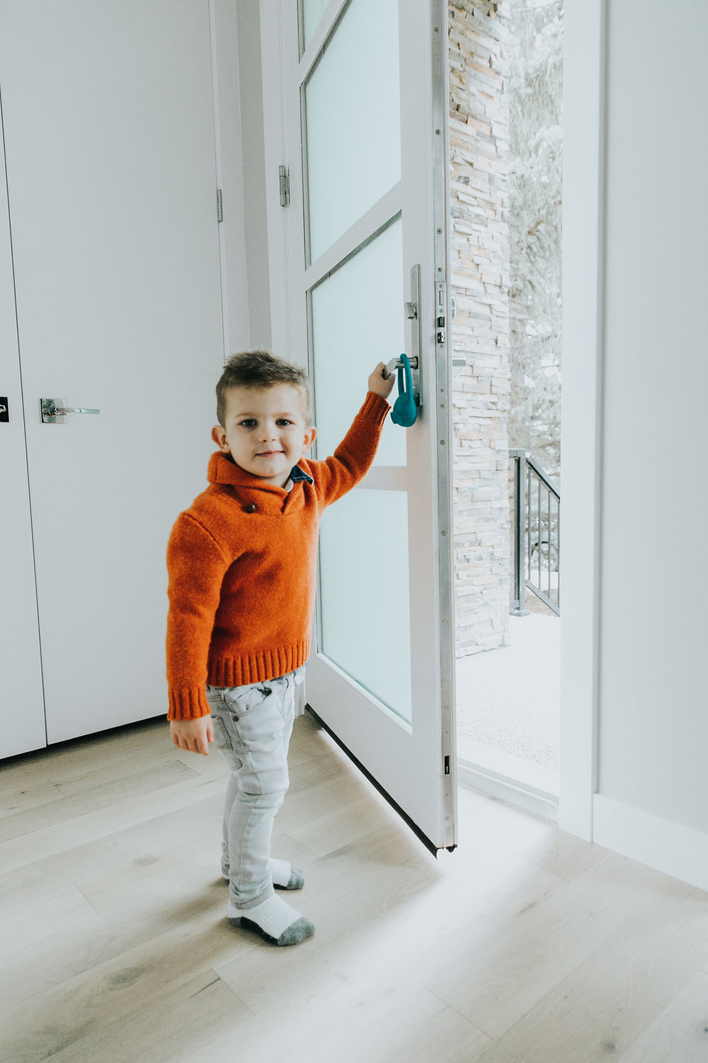 Hang Decco the Toddler Monitor on the front door  sc 1 th 275 & Toddler Monitor - the next stage of baby monitor
