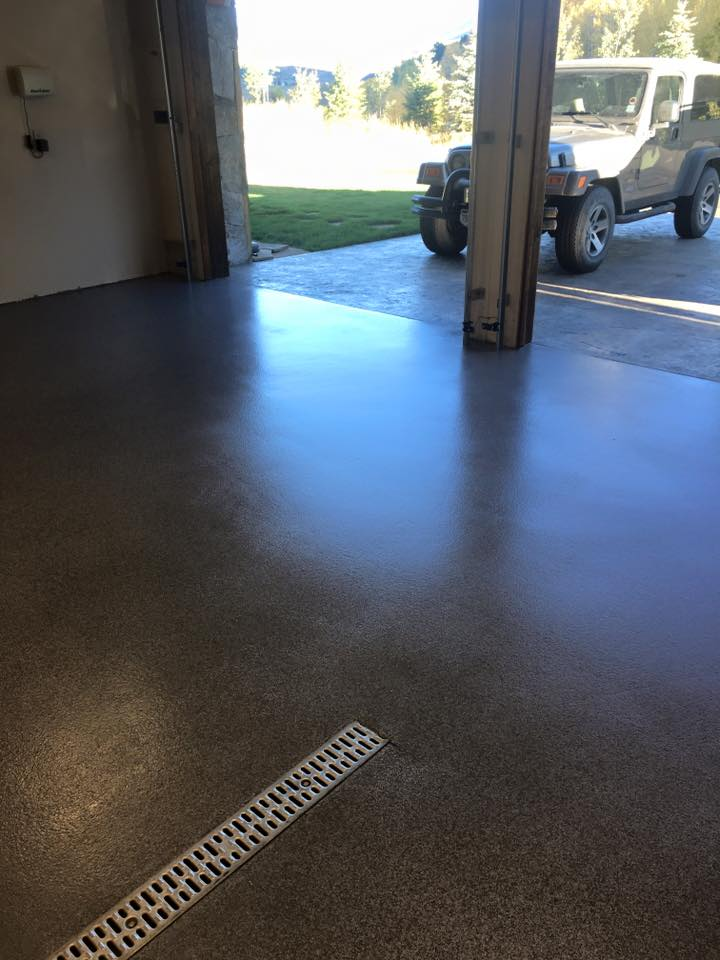 <strong>Garage Floors</strong>