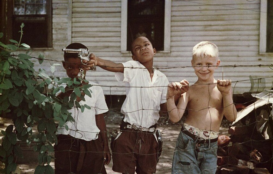 Kids in the American South, 1965. Photo by Gordon Parks.