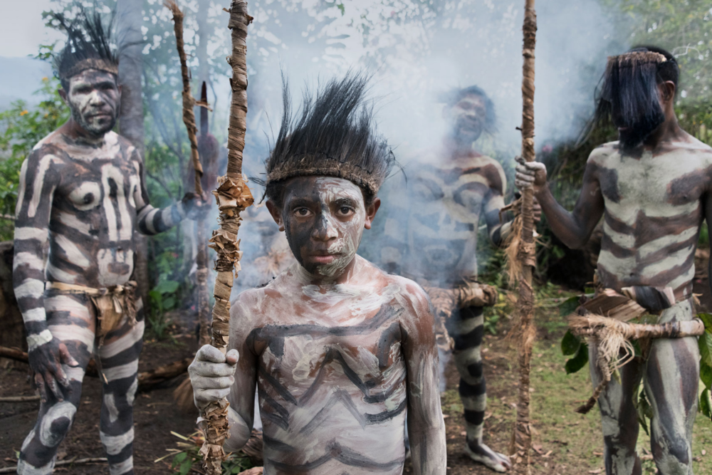 papua new guinea 2, steve mccurry.png