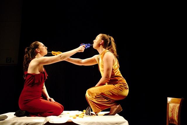 12. desember var Teater leikhus på Kulturskolen i Ås og hadden forestilling for teaterelevene med workshop etterpå.