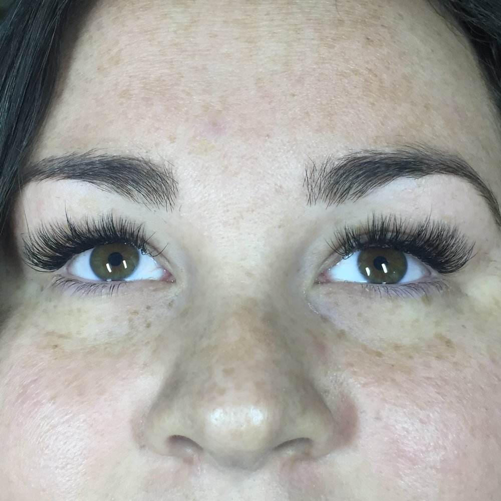 Beautiful, consistent, natural-looking, damage and pain-free lashes only at The Lash Extension.