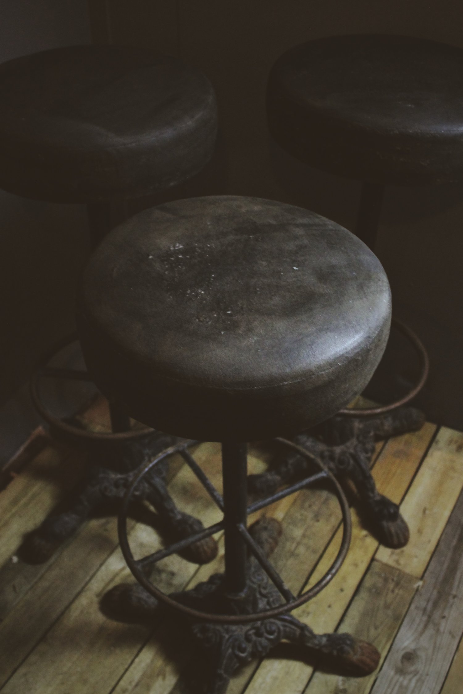 Groovy Antique Bar Stools With Heavy Cast Iron Claw Foot Base Gmtry Best Dining Table And Chair Ideas Images Gmtryco