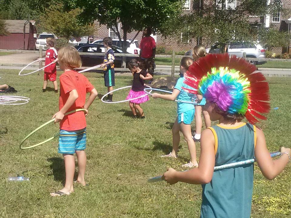 2014-Oktoberfest hula hoop2.jpg