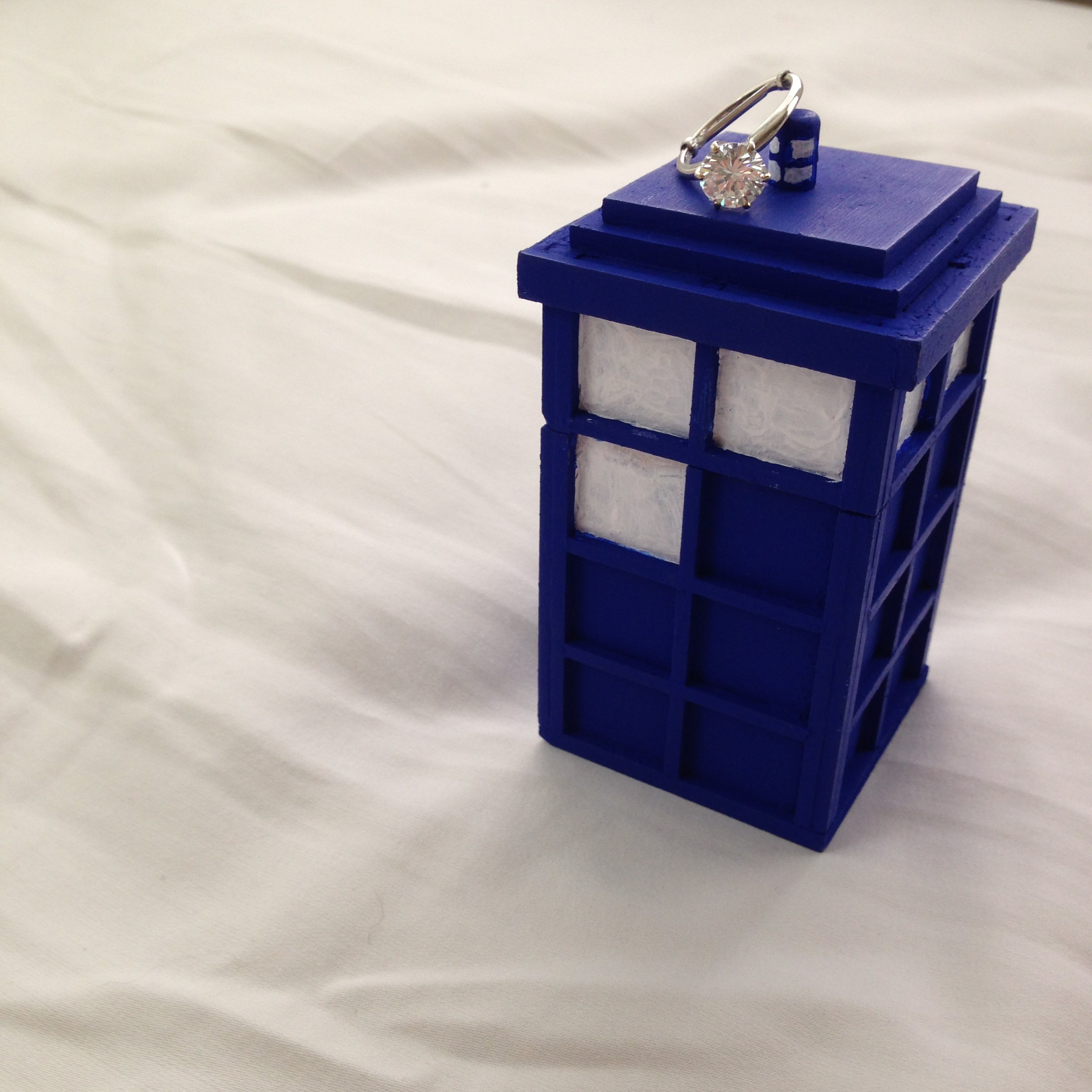 I'm obsessed with my #tinyTARDIS