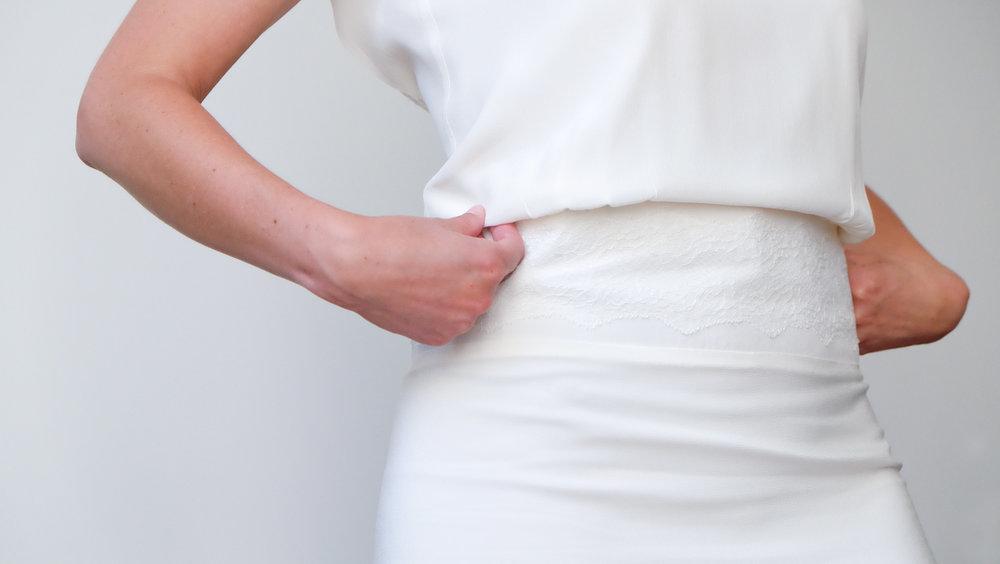 "7aeeaff8c8b Lucie Fouquet robe Chloé ceinture application de dentelle. """