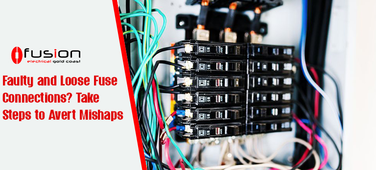 Loosely connected fuses.jpg
