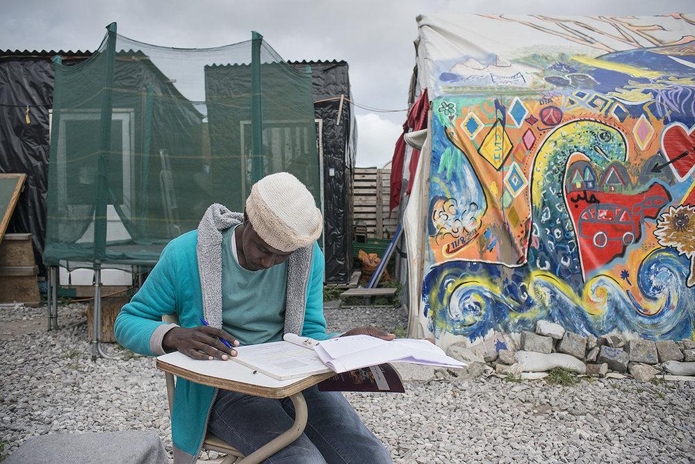 charlesdelcourt-refugee15.jpg