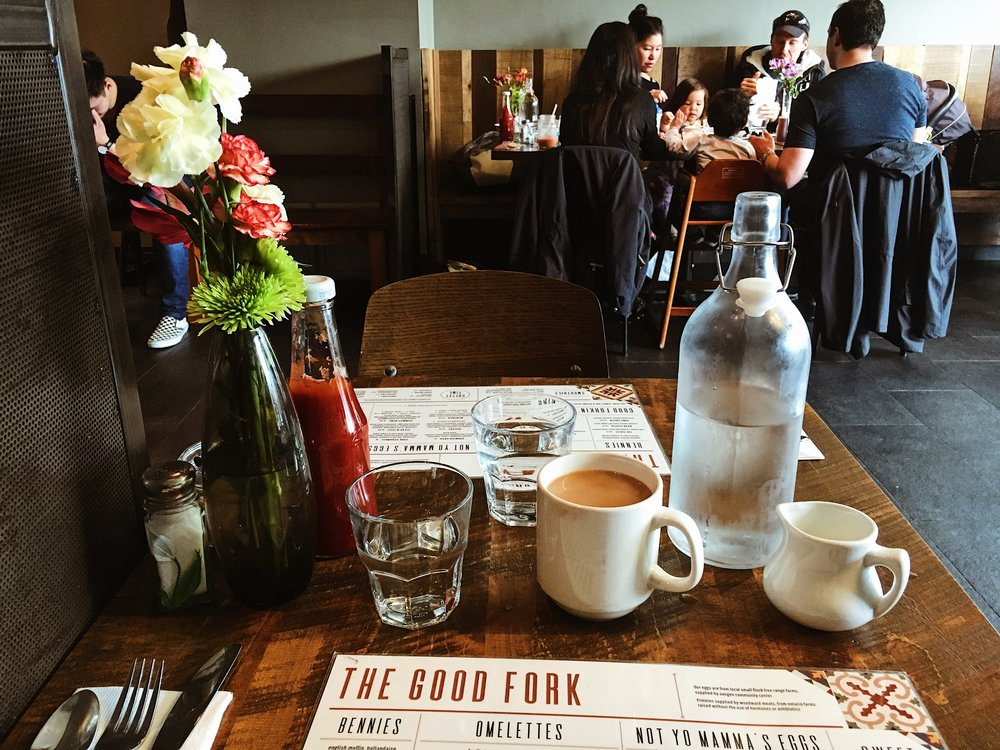 the good fork interior table
