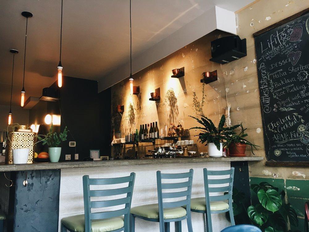little sito interior bar
