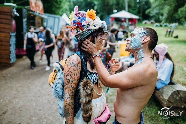 Love power at Noisily and A/UK