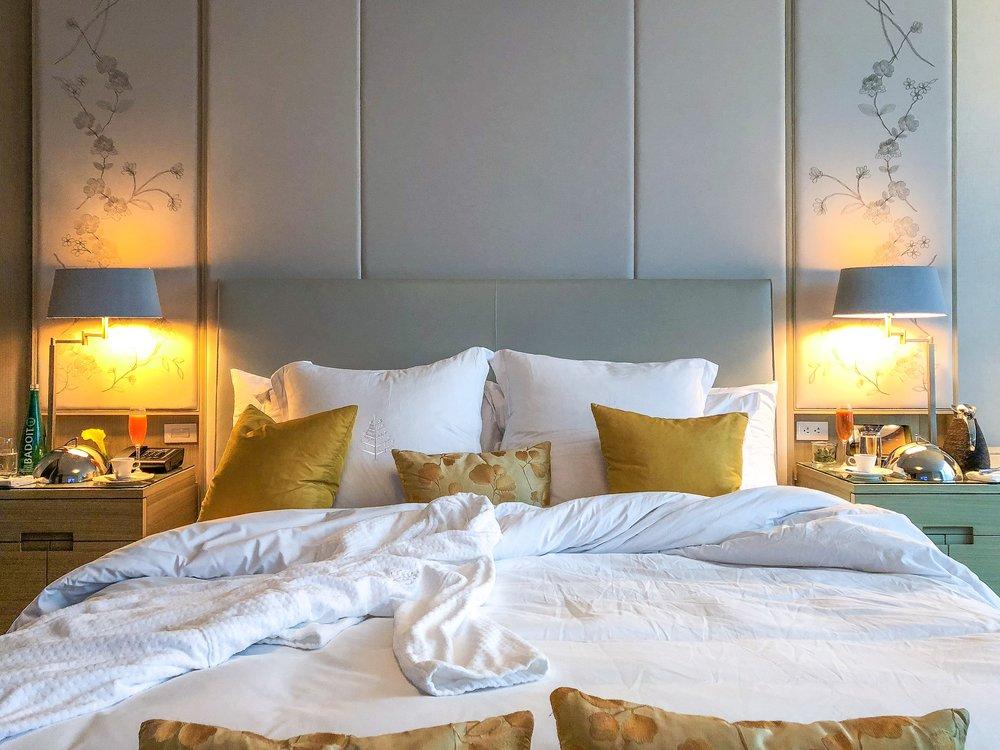 FOUR-SEASONS-HOTEL-TORONTO