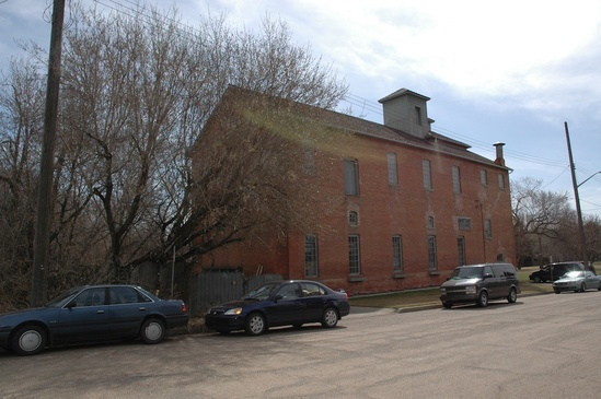 Rossdale Brewery. A forgotten gem at the edge of the Pogo carshare zone. Photo: Edmontonmapsheritage.ca