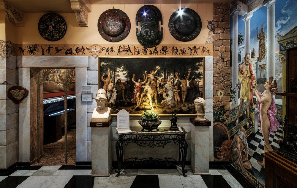 Raum der Medusa   Phryne wählte einst den Eros. Medusa bestrafte den männlichen Blick. Apoll und Aphrodite. Rilke schlägt den Bogen zur Neuzeit.