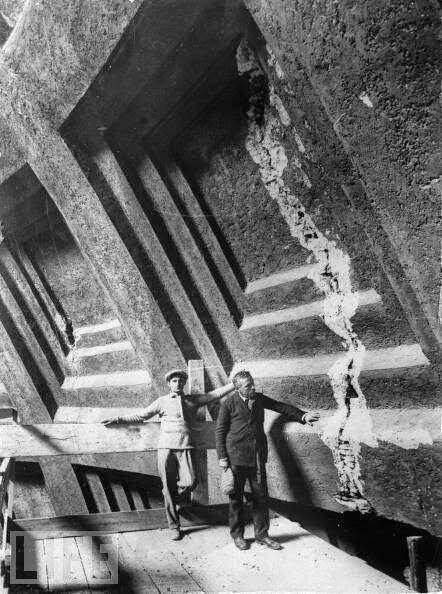 1925 Crack Restoration