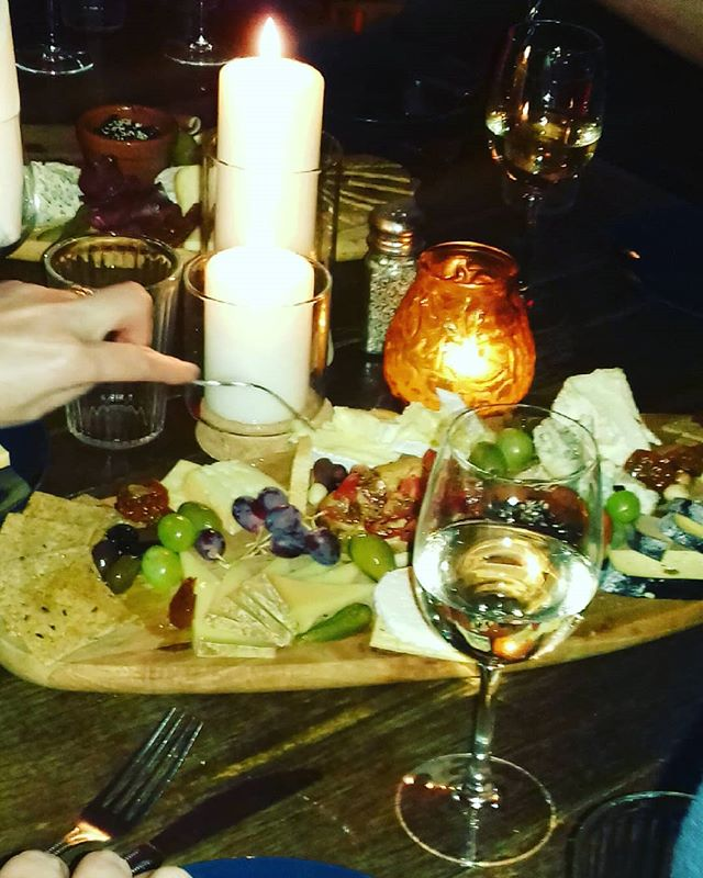 One of our wonderful new stops on our food tours....@blackgateculturalcentre  The cheese board is bleedin massive !  Thanks again folks for the warm wecome!  #eveningsingalway #foodtours #localcheese #thisisirishfood #culturalcenter #galway #cheese #andmoreofit