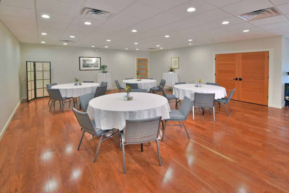 GATHER FOR EVENTS - SIMPLE AND SERENE, THE COMMUNITY ROOM INVITES CONTEMPLATION, SPIRITUAL COMMUNION, RESTORATION AND RELAXATION.GATHER WITH A COMMUNITY OF LIKE-MINDED PEOPLE TO ACCOMPLISH AN IMPORTANT GOAL: TEACH,TAKE A CLASS, EDIFY OR ENLIGHTEN, EXERCISE, ENJOY AND SOMETIMES, TO EAT!