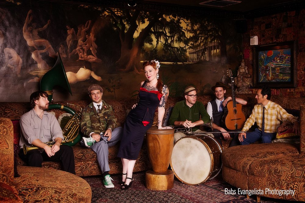 Meschiya Lake & The Little Big Horns