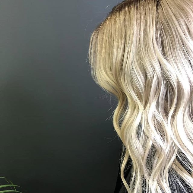 // BLONDE AMBITIONS // . . WANTING The Perfect Beach'd Blonde, Start Your Summer Hair Journey Now. . .