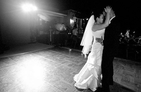 bride-and-groom-dancing-wedding-reception