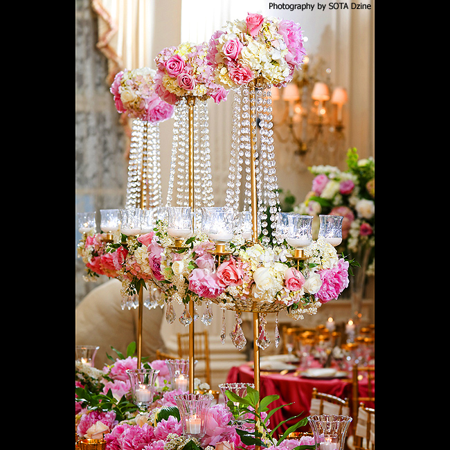 Wedding Wednesday: 10 Stunning Spring Wedding Centerpieces — Favored ...