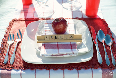 scrabble-place-setting-wedding