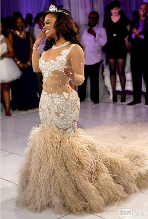 Kandi-Burruss-Todd-Tucker-Wedding-Photos-Dress-1