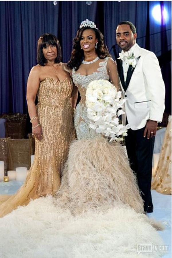 Kandi-Burruss-Todd-Tucker-Wedding-Photos-Mama-joyce