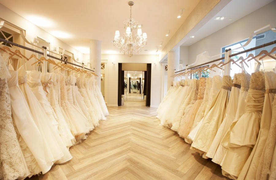 9 Things No One Tells You About Wedding Dress Shopping — Favored by ...